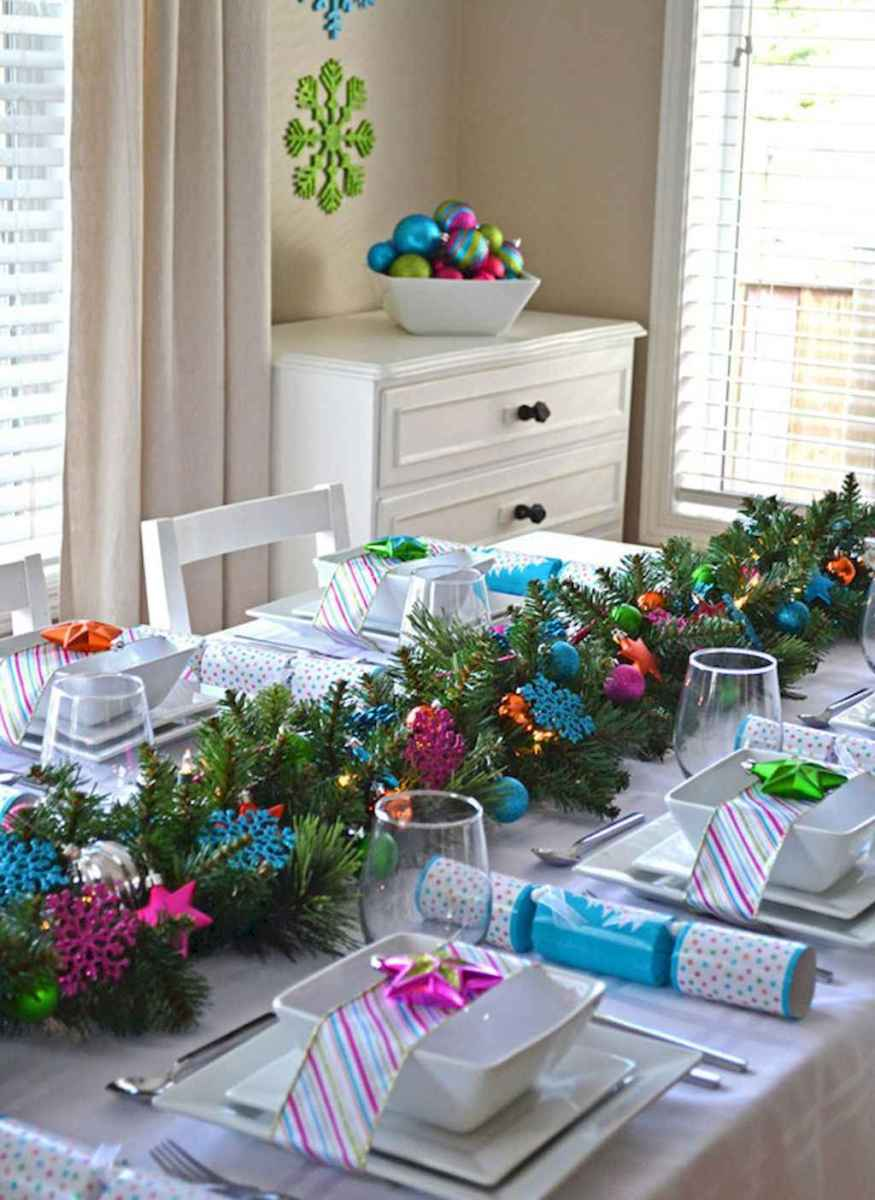 40 Awesome Christmas Dinner Table Decorations Ideas (22)