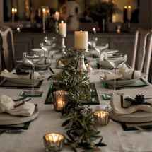 40 Awesome Christmas Dinner Table Decorations Ideas (31)