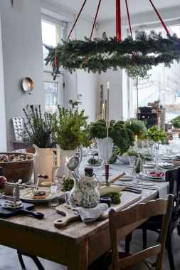 40 Awesome Christmas Dinner Table Decorations Ideas (34)