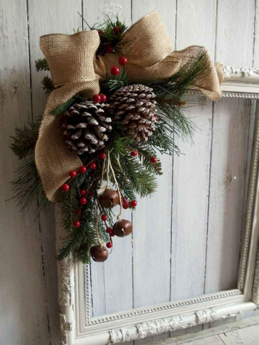 40 First Apartment Ideas Christmas Decorations Shabby Chic (8)