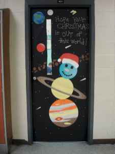 50 Simple DIY Christmas Door Decorations For Home And School (45)