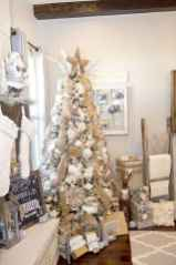 50 Stunning Modern Christmas Tree Decorations (28)