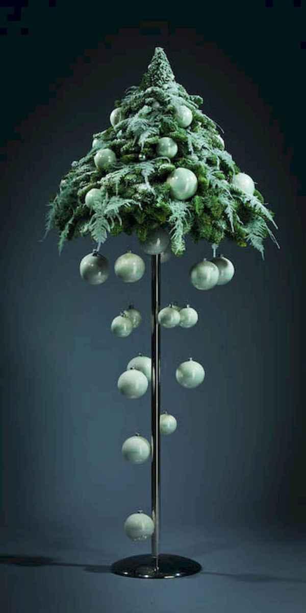 50 Stunning Modern Christmas Tree Decorations (29)