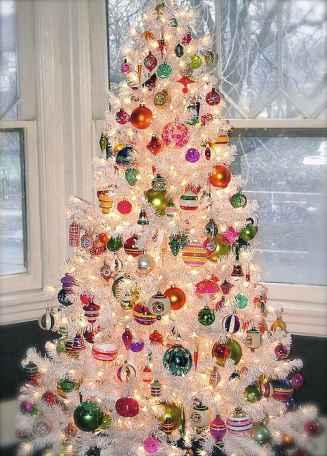 50 Stunning Modern Christmas Tree Decorations (38)