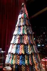 50 Stunning Modern Christmas Tree Decorations (4)