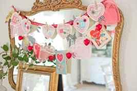 27 Romantic Valentines Decorations Ideas With Vintage (18)