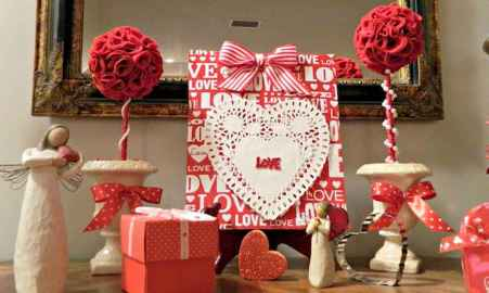40 Romantic Valentines Decorations Dollar Tree Ideas On A Budget (20)
