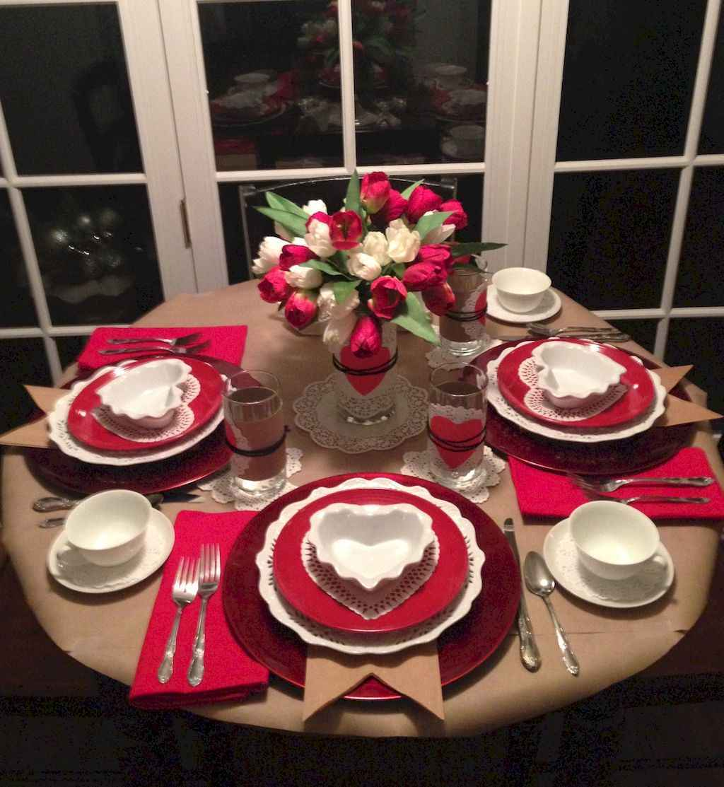 44 Romantic Valentines Party Decor Ideas (17)