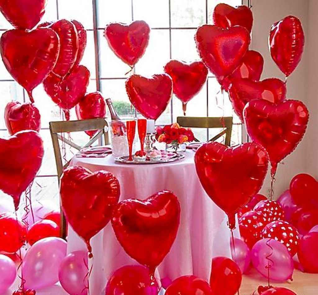 44 Romantic Valentines Party Decor Ideas (25)