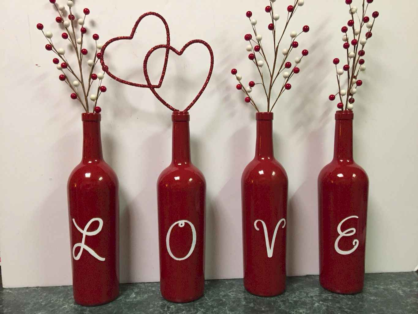 44 Romantic Valentines Party Decor Ideas (34)