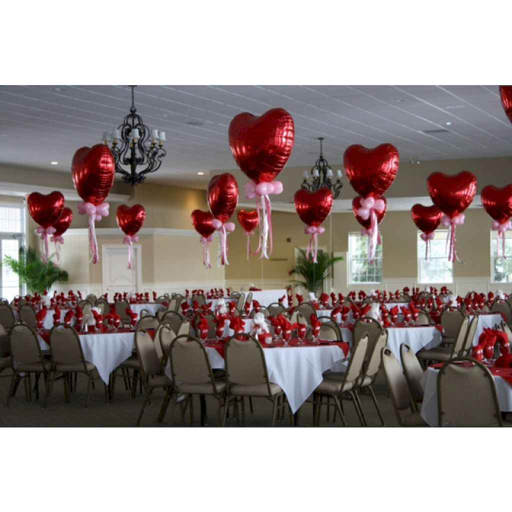 44 Romantic Valentines Party Decor Ideas (5)