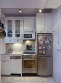 50 Amazing Small Apartment Kitchen Decor Ideas (37)
