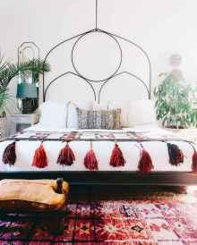 50 Incredible Apartment Bedroom Decor Ideas With Boho Style (52)