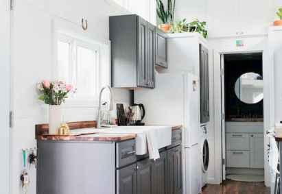 50 Miraculous Apartment Kitchen Rental Decor Ideas (1)