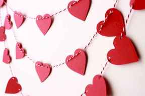 60 Romantic Valentines Crafts Ideas On A Budget (45)