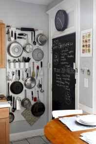 70 Surprising Apartment Kitchen Organization Decor Ideas (40)