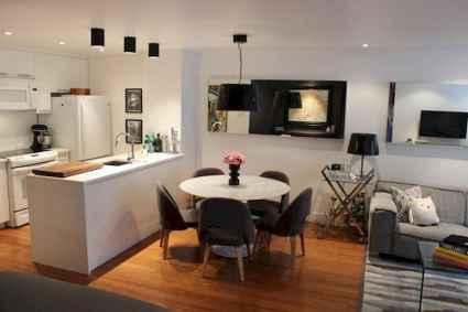 80 Smart Solution Small Apartment Living Room Decor Ideas (49)