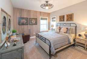 100 Stunning Farmhouse Master Bedroom Decor Ideas (32)