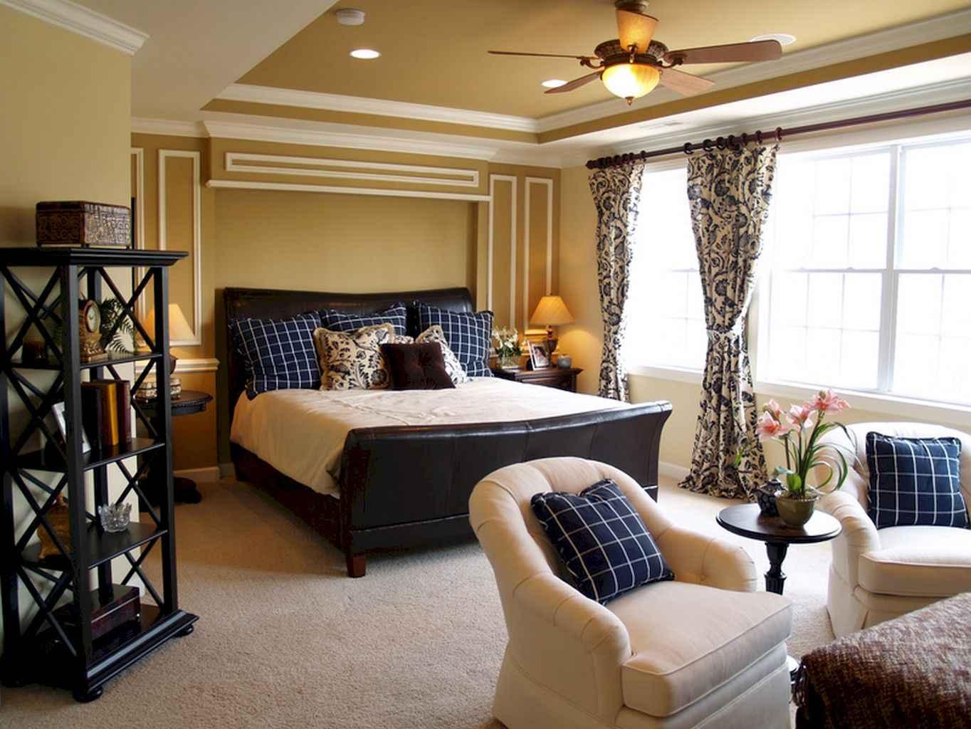 100 Stunning Farmhouse Master Bedroom Decor Ideas (85)