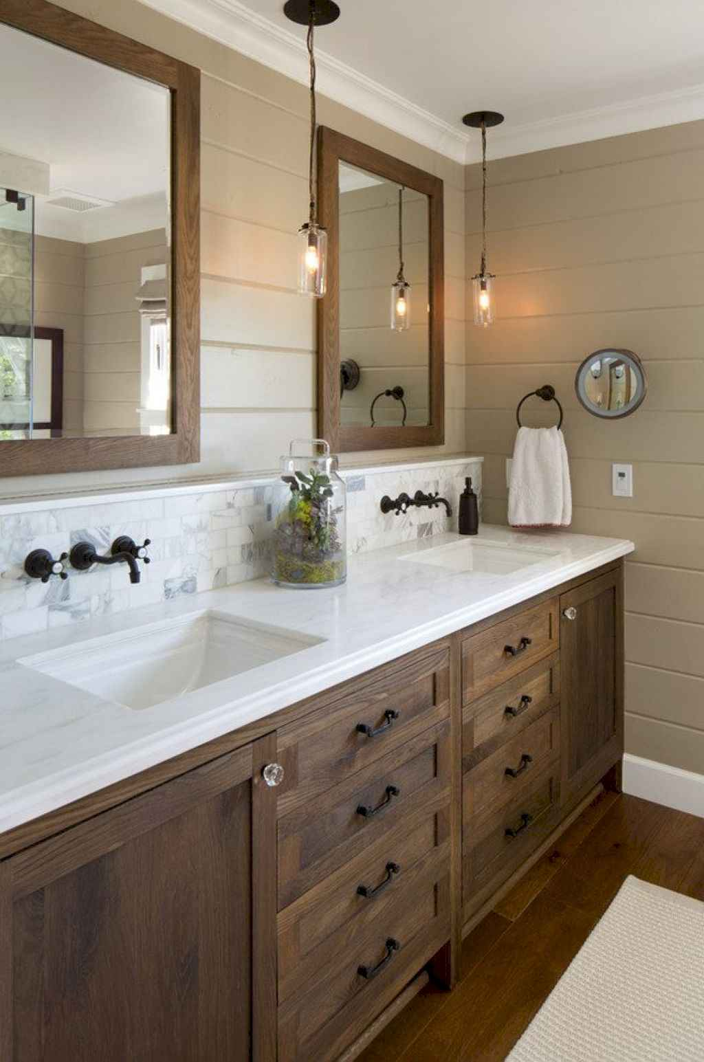 110 Best Farmhouse Bathroom Decor Ideas (107)