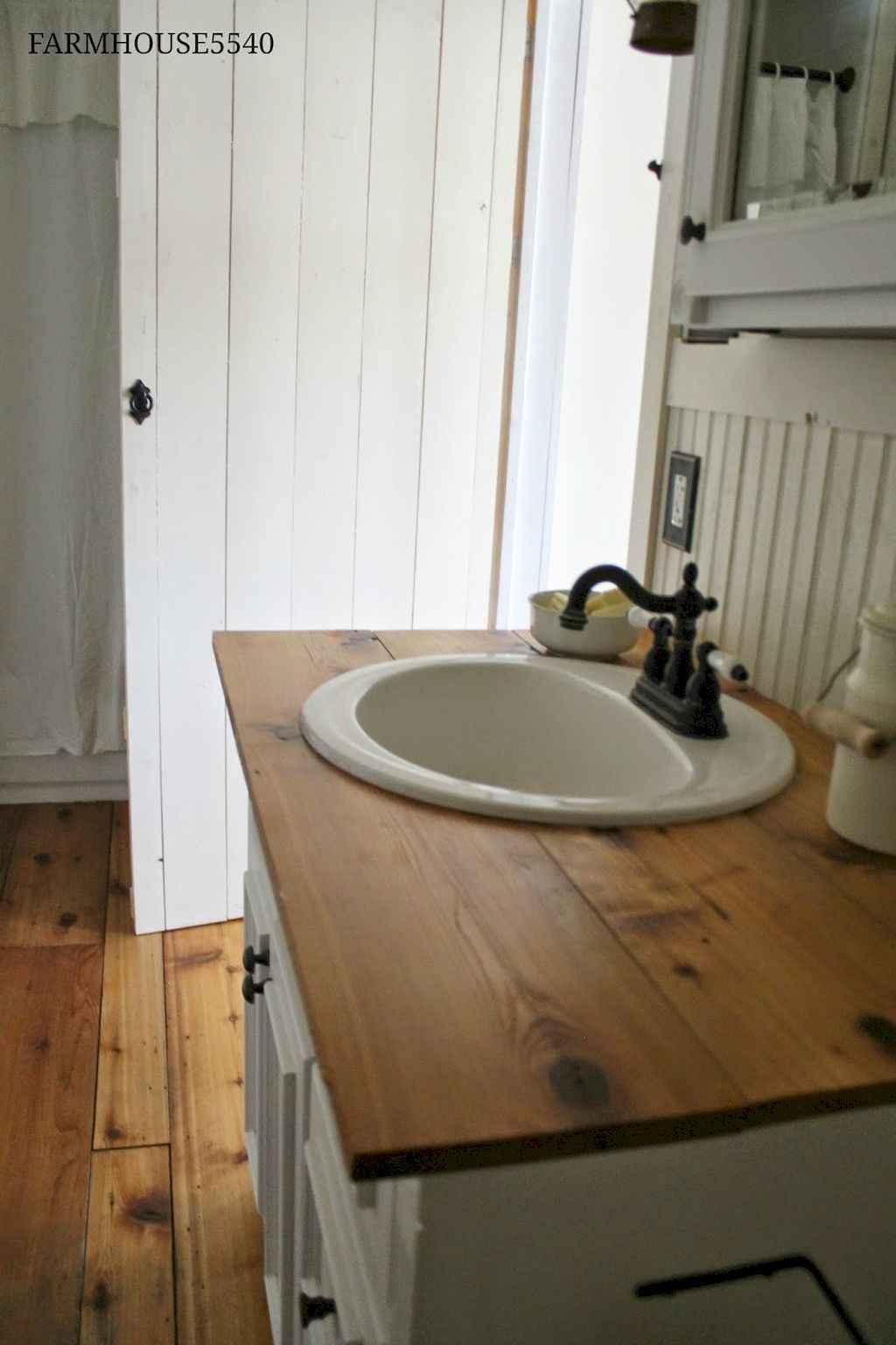 110 Best Farmhouse Bathroom Decor Ideas (169)