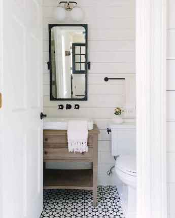 110 Best Farmhouse Bathroom Decor Ideas (194)