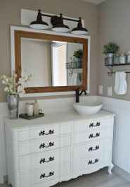125 Brilliant Farmhouse Bathroom Vanity Remodel Ideas (32)