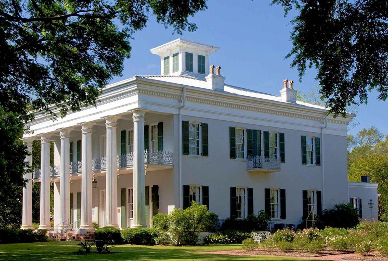 80 Amazing Plantation Homes Farmhouse Design Ideas (14)