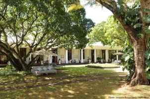80 Amazing Plantation Homes Farmhouse Design Ideas (15)