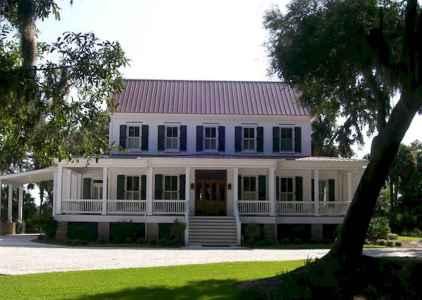 80 Amazing Plantation Homes Farmhouse Design Ideas (56)