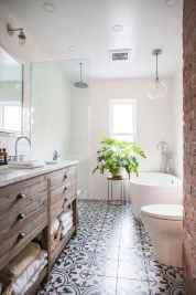 80 Awesome Farmhouse Tile Shower Decor Ideas (52)
