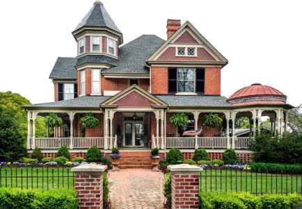 80 Stunning Victorian Farmhouse Plans Design Ideas (42)