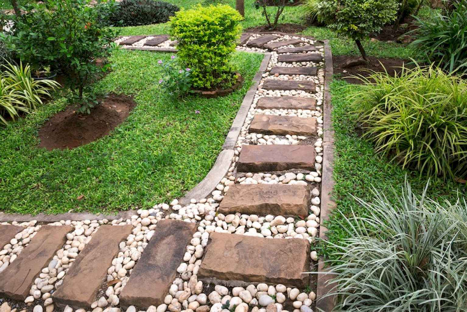 25 Brilliant Garden Paths Design Ideas (6)