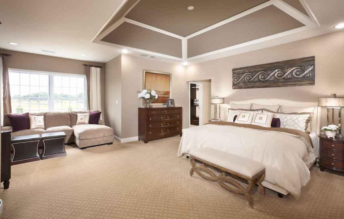 Best 25 Farmhouse Master Bedroom Decor Ideas (10)