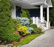 35 Beautiful Frontyard Landscaping Design Ideas and Remodel (13)
