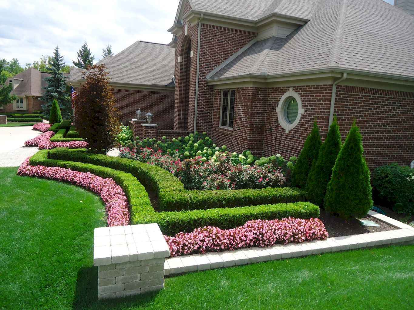 35 Beautiful Frontyard Landscaping Design Ideas and Remodel (14)