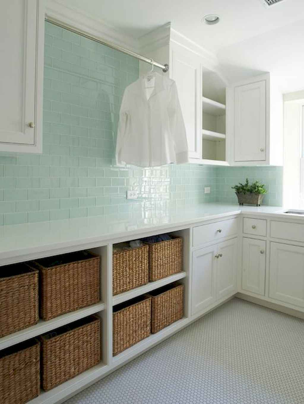 45 Rustic Farmhouse Laundry Room Design Ideas and Makeover (19)