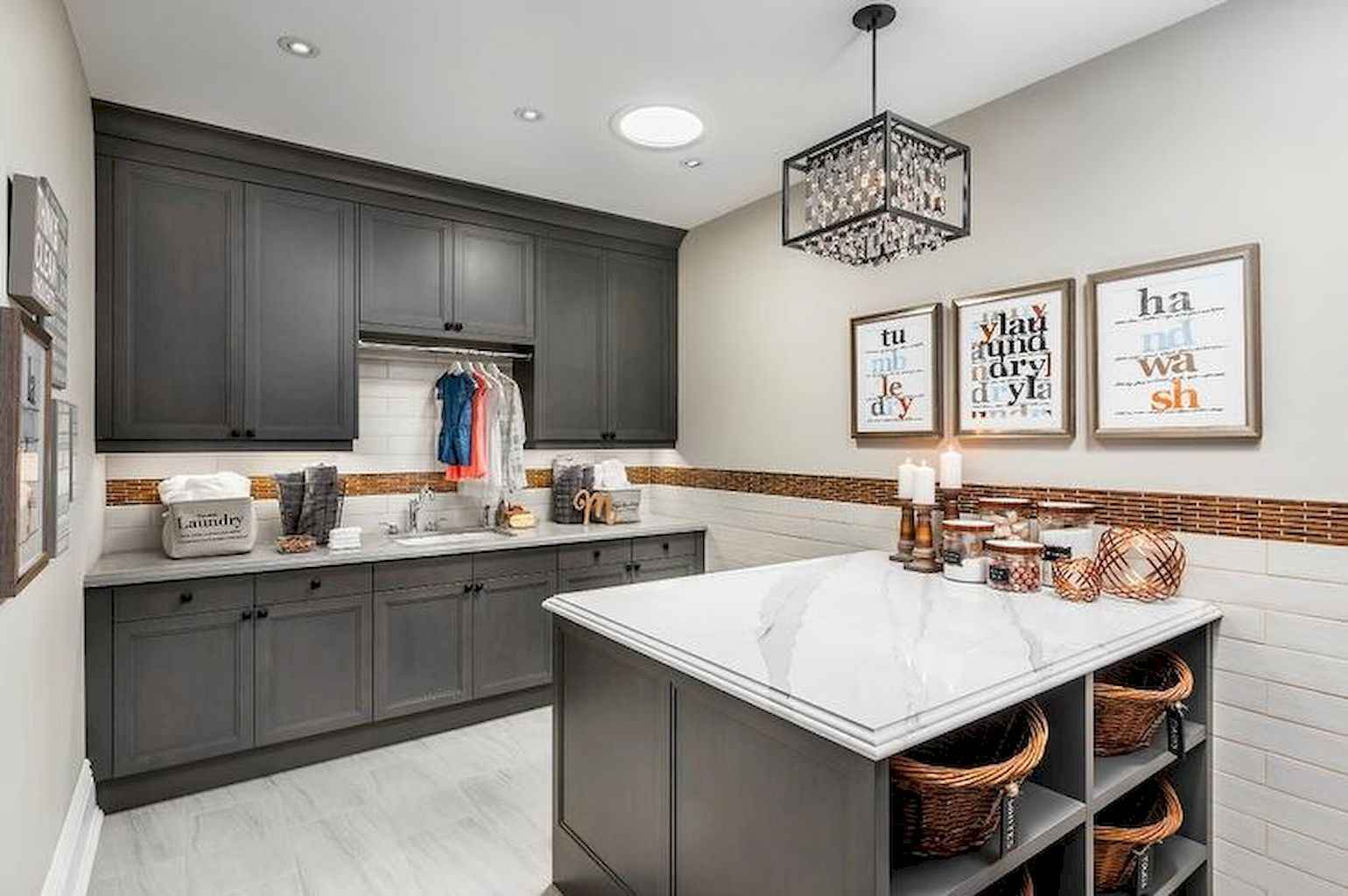 45 Rustic Farmhouse Laundry Room Design Ideas and Makeover (27)