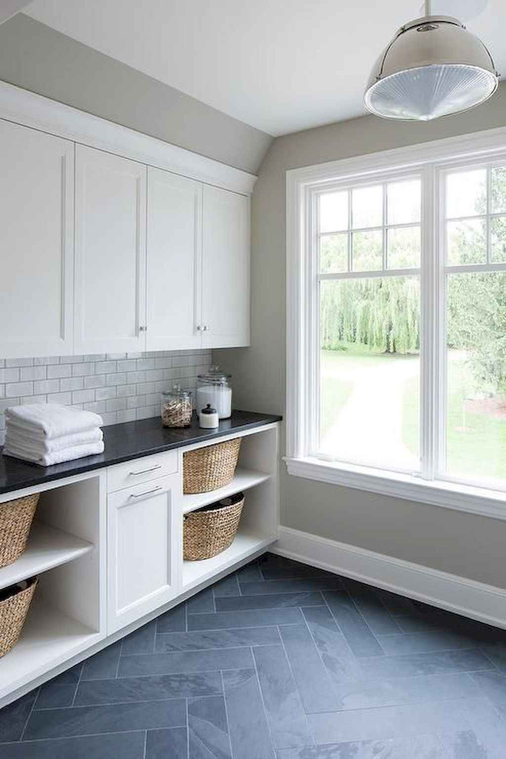 45 Rustic Farmhouse Laundry Room Design Ideas and Makeover (6)