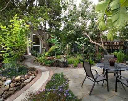 55 Beautiful Side Yard Garden Design Ideas (23)