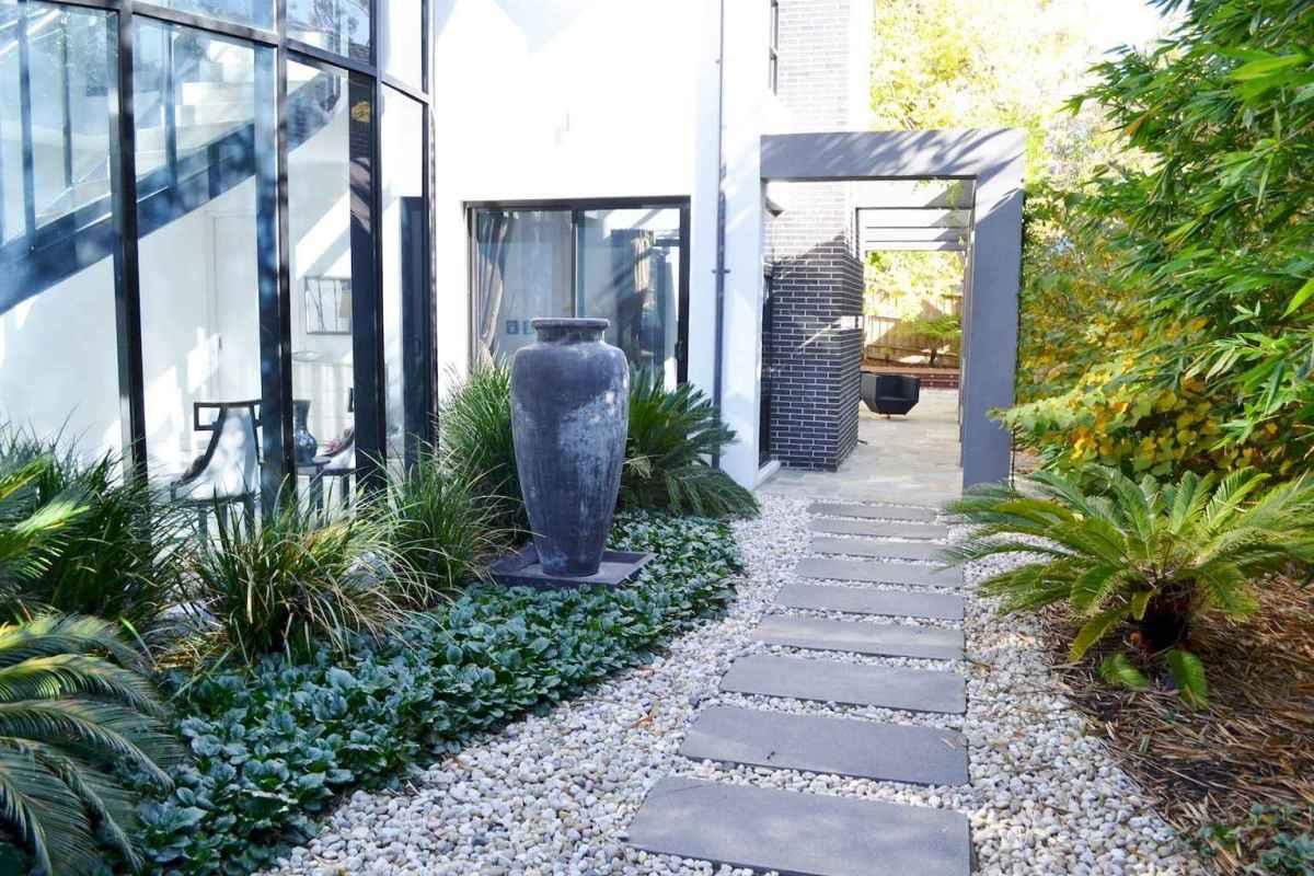 55 Beautiful Side Yard Garden Design Ideas (30)