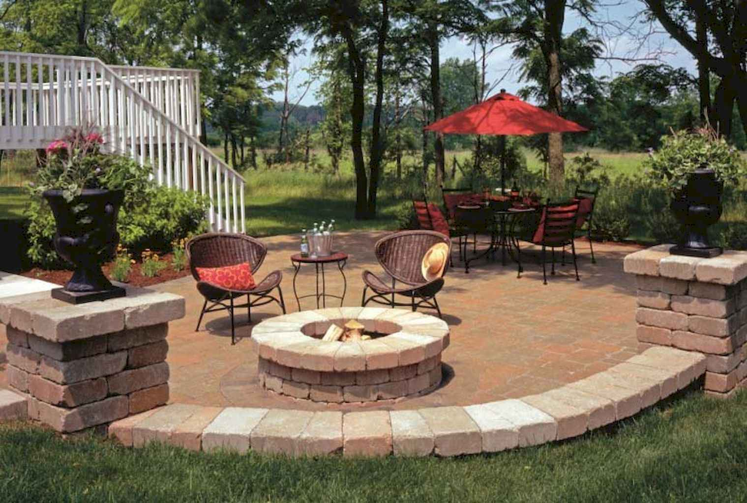 60 Beautiful Backyard Fire Pit Ideas Decoration and Remodel (20)