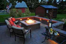 60 Beautiful Backyard Fire Pit Ideas Decoration and Remodel (46)