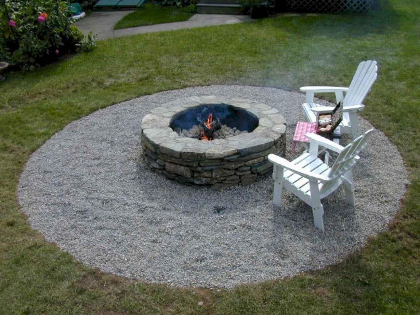 60 Beautiful Backyard Fire Pit Ideas Decoration and Remodel (9)