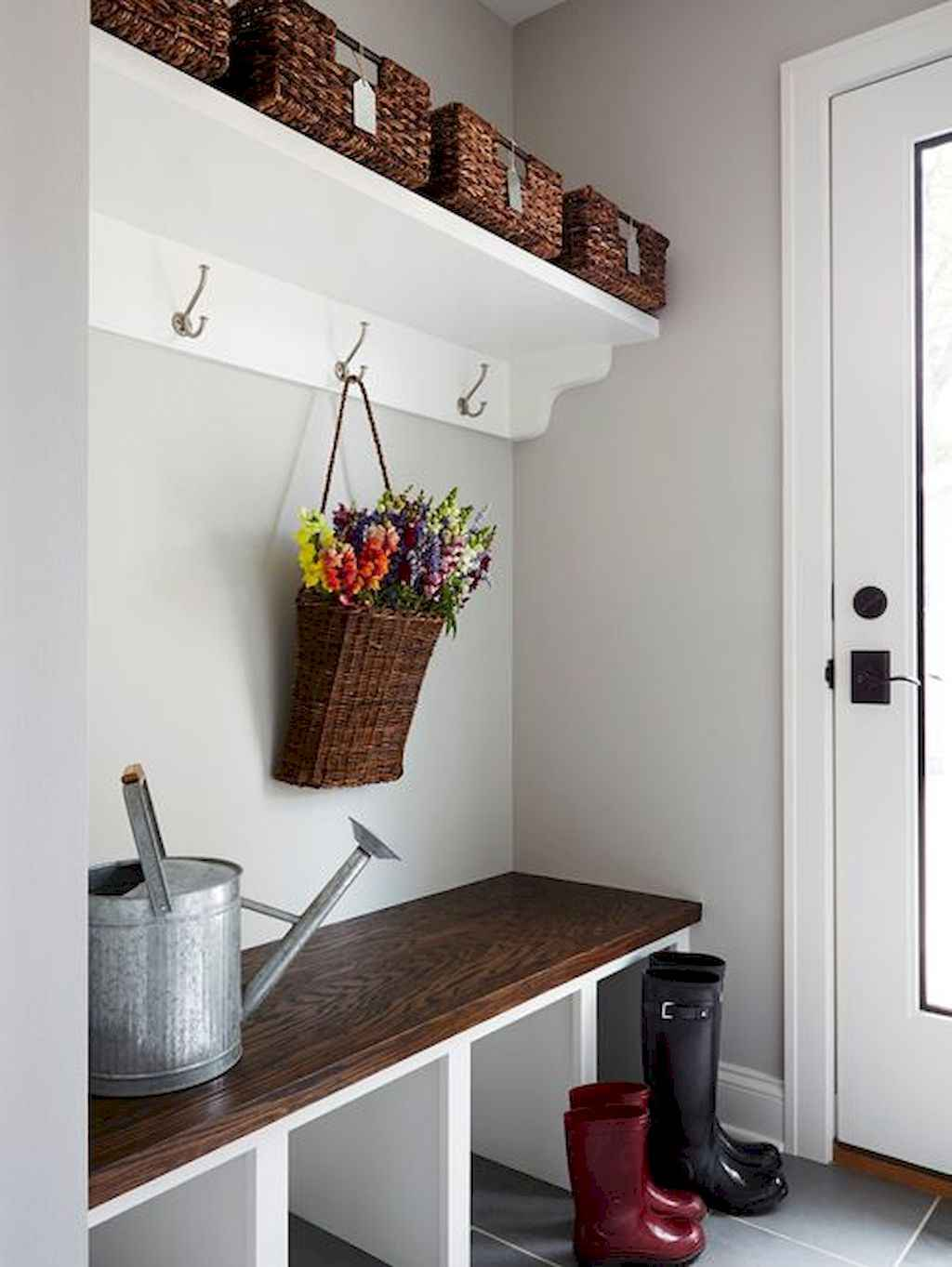 65 Cool Mudroom Design Ideas and Remodel (11)