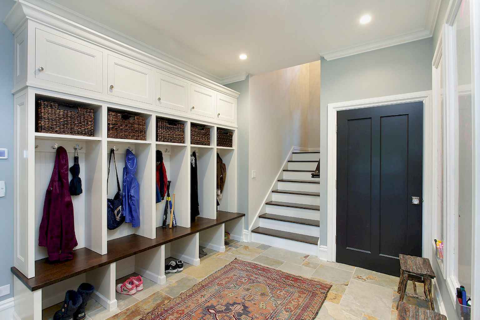 65 Cool Mudroom Design Ideas and Remodel (31)