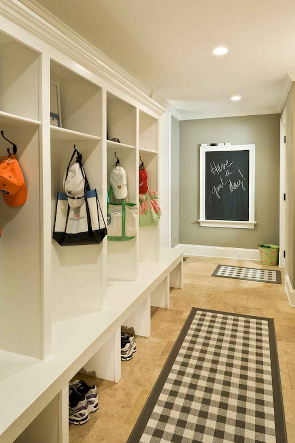 65 Cool Mudroom Design Ideas and Remodel (56)