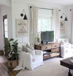 70 Rustic Farmhouse Living Room Decor Ideas (10)