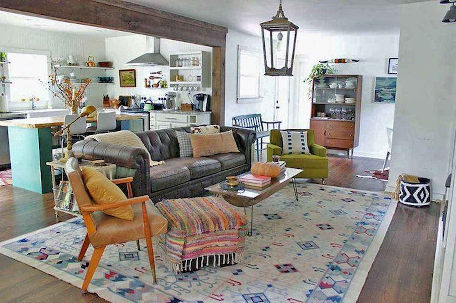 70 Rustic Farmhouse Living Room Decor Ideas (21)