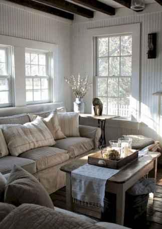 70 Rustic Farmhouse Living Room Decor Ideas (26)